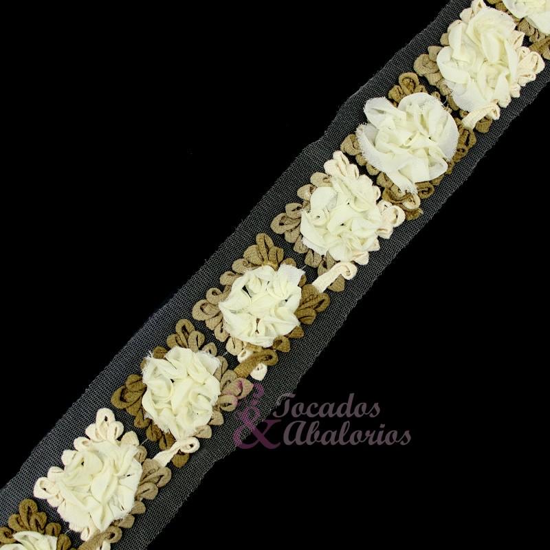 Tira Pasamanería Flores Cuadradas 4.5 cm