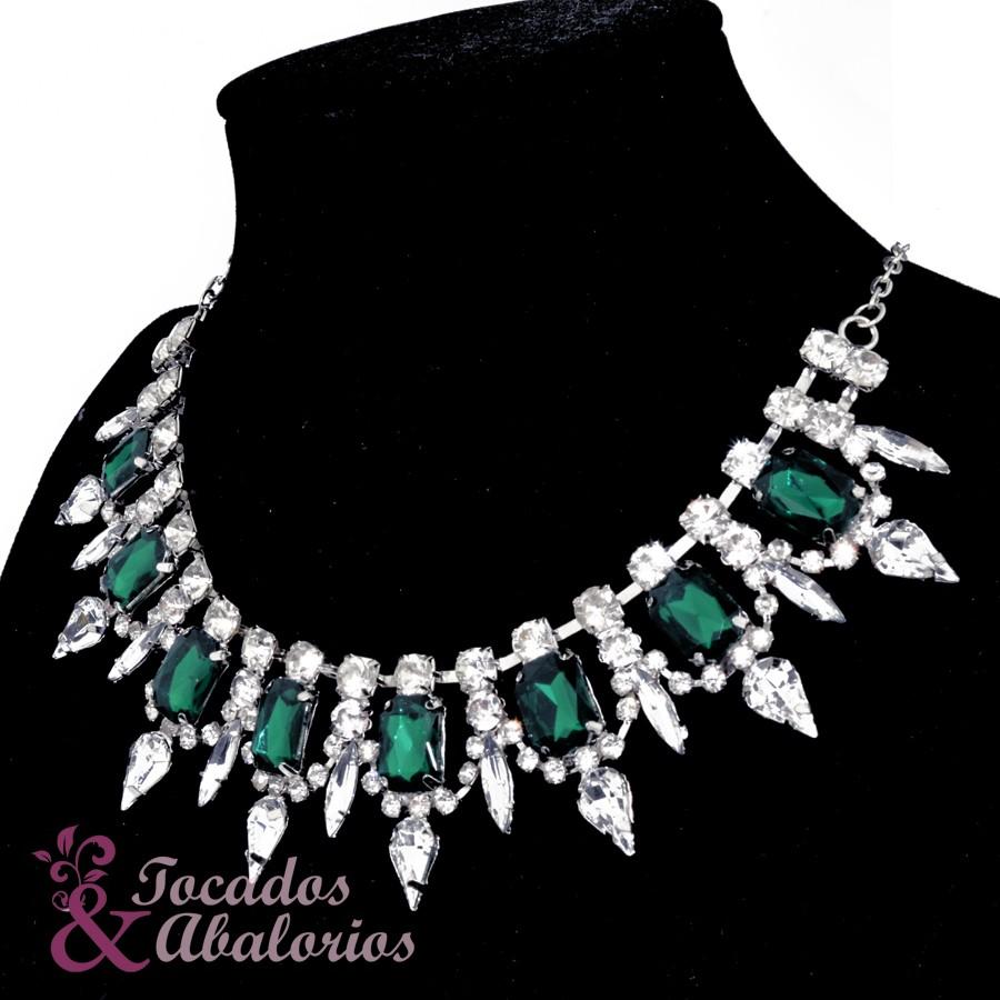 Collar esmeralda