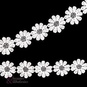 Tira guipur de flores 25 mm.