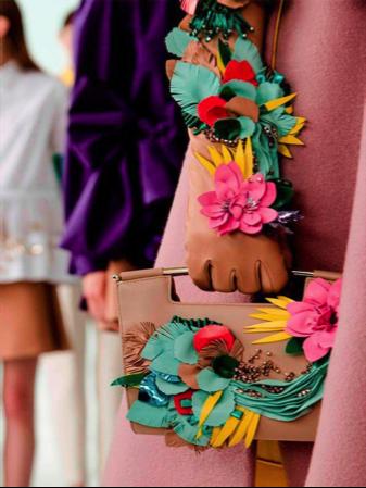 guantes de fiesta