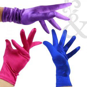 cómo llevar los guantes en una boda