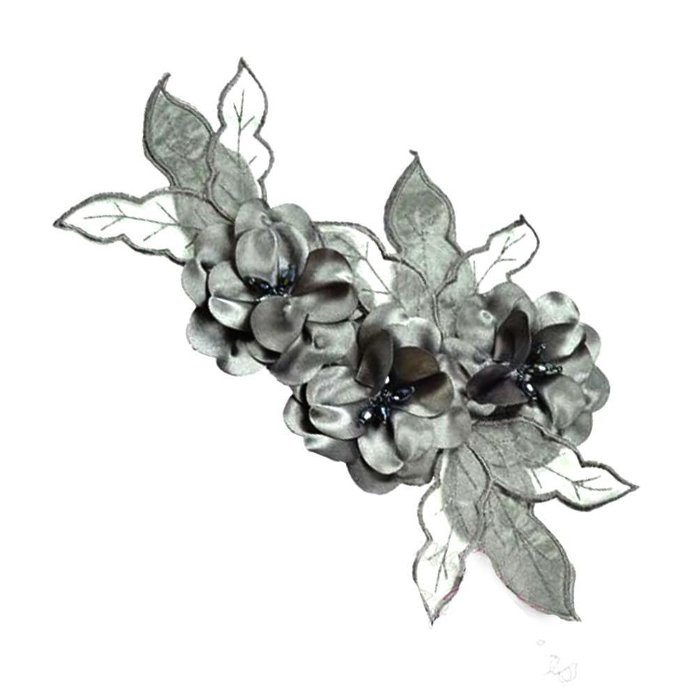 Aplicación Triple flor XL gris