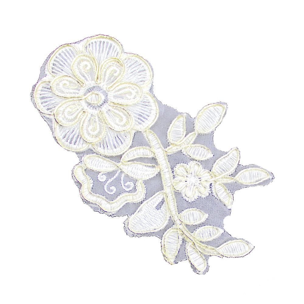 Aplicación lamé bordada flor con tallo crudo