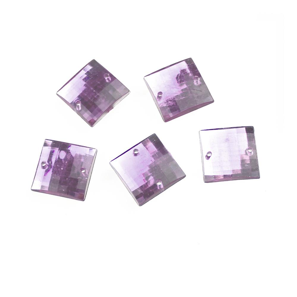 Aplicacion cuadrada acrilica lila