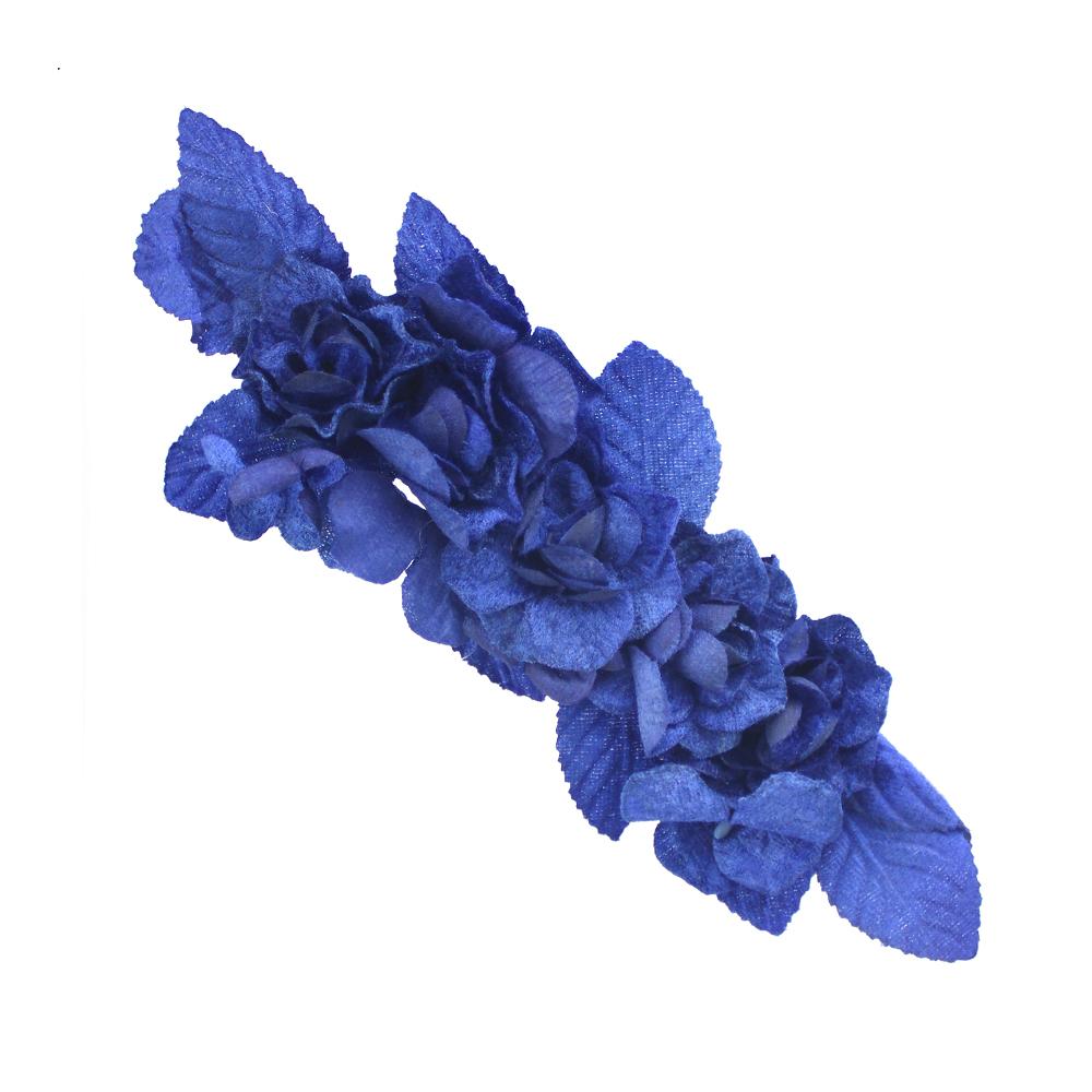 Composición terciopelo Alice azul klein