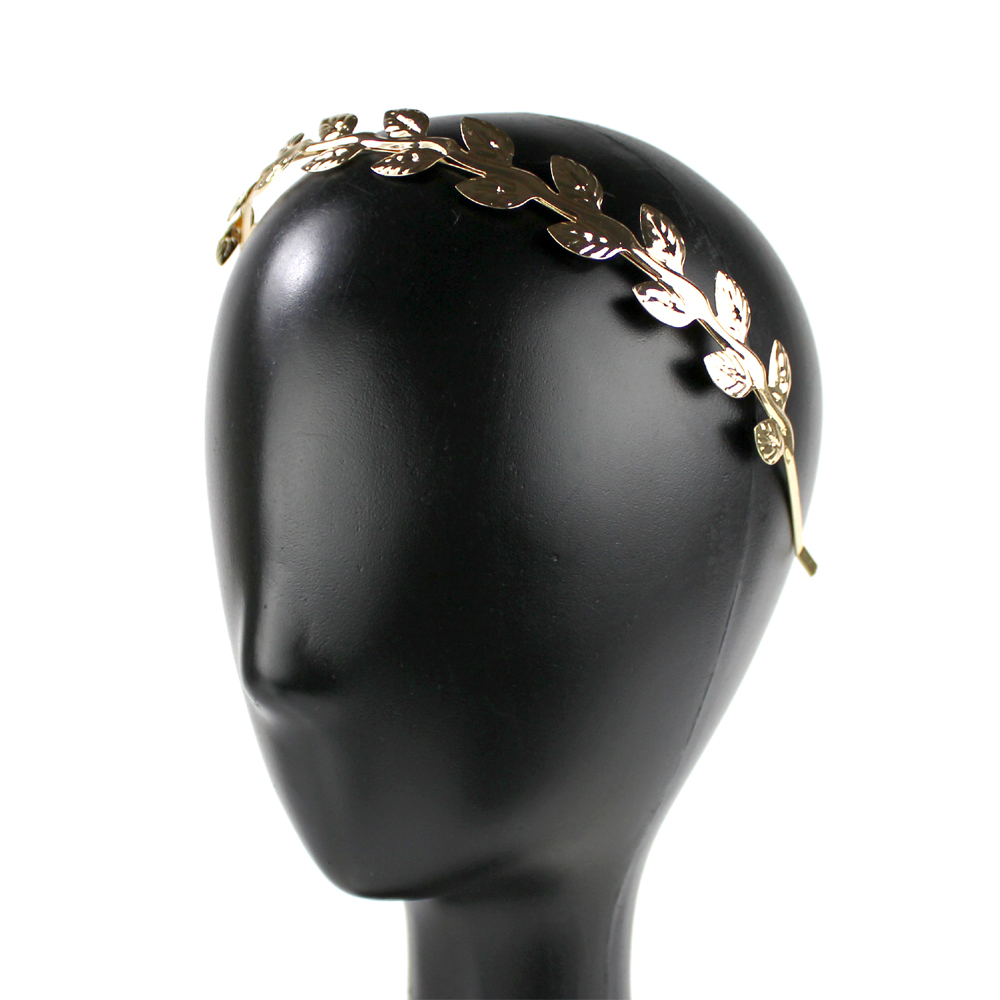 Diadema hojas de latón oro