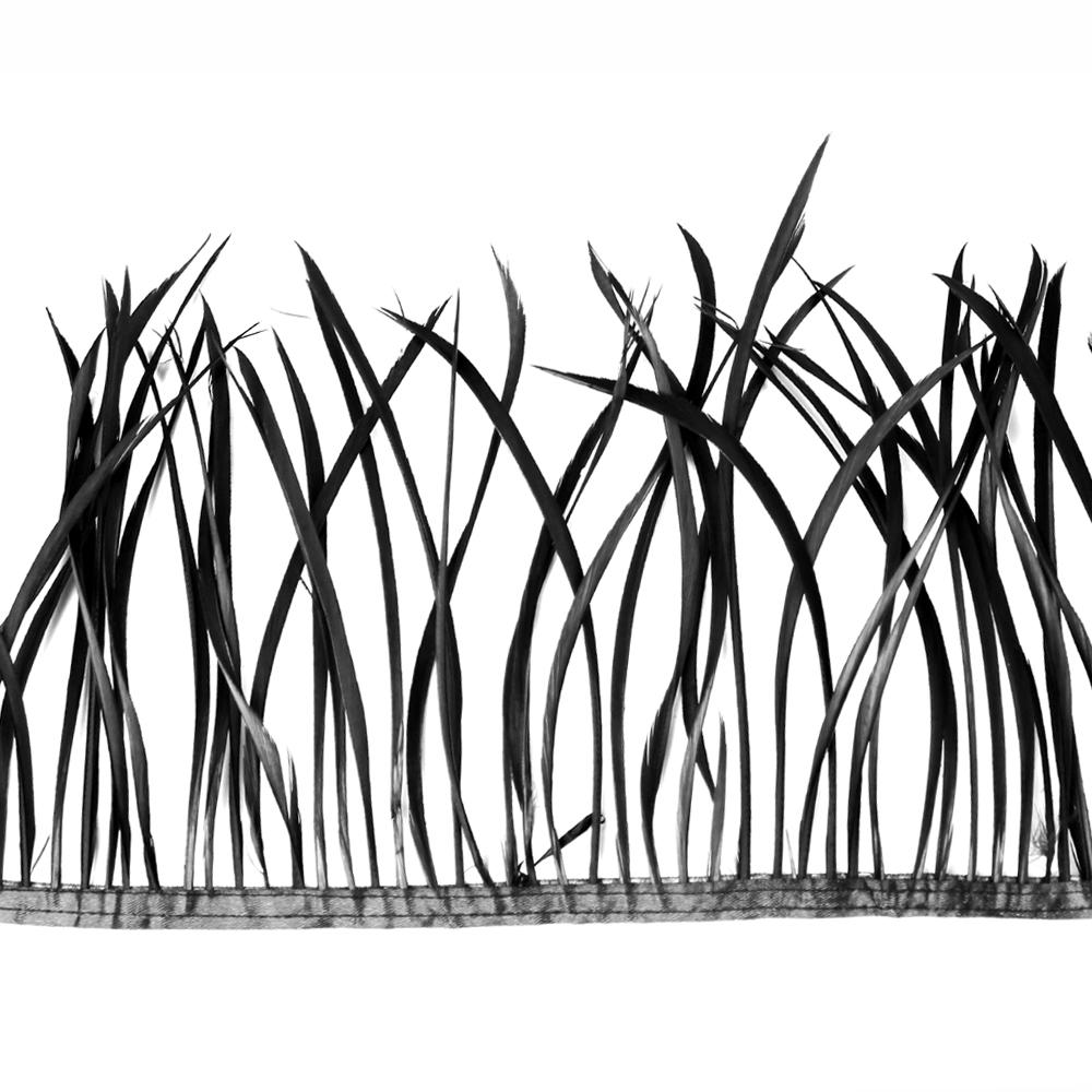 Fleco de plumas de oca negro