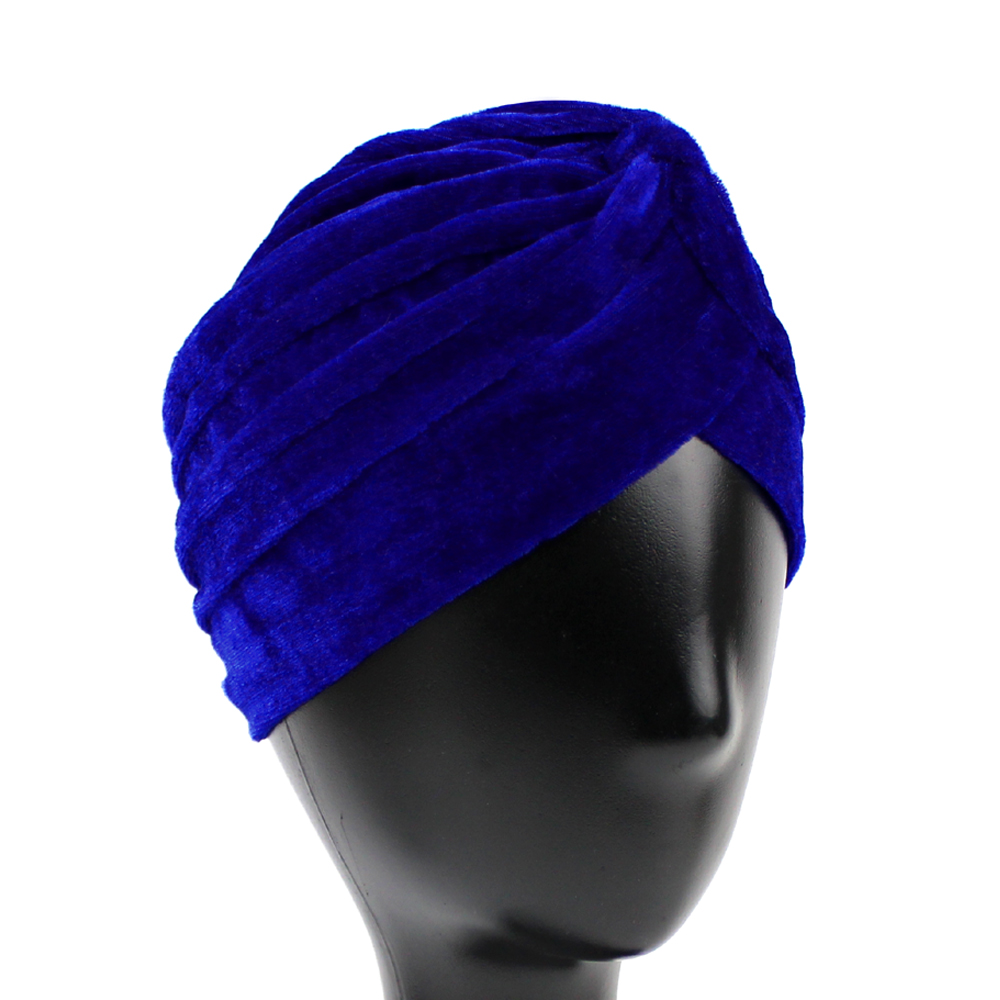 Turbante cerrado terciopelo azul klein