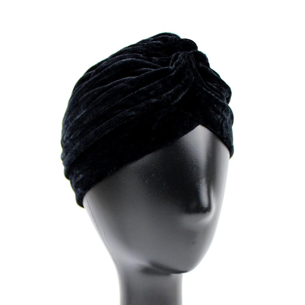 Turbante cerrado terciopelo negro