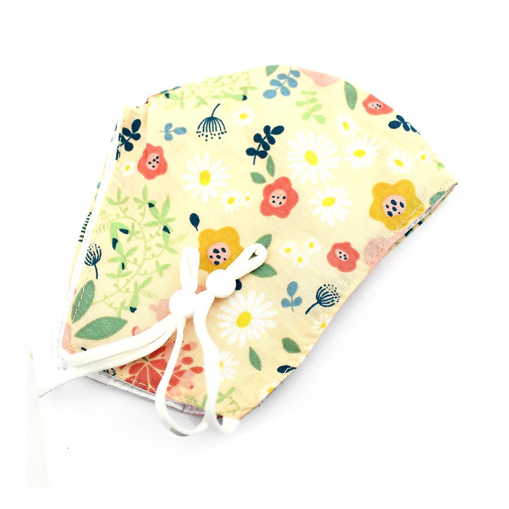 Mascarilla de tela redonda floral vainilla